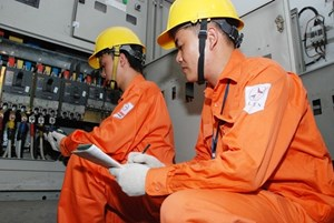 EVN HANOI Reminds Customers of Electricity Savings