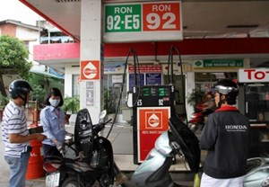 8 tỉnh thành phải có ít nhất 50% cửa hàng bán xăng E5