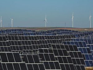 EU Kicks Off Green Energy Drive for Militaries