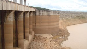 Hydroelectricity in Central Area Facing Serious Drought
