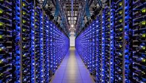 """Microsoft cam kết phát triển trung tâm dữ liệu """"xanh"""""""