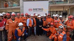 Tàu điện ngầm của Santiago sử dụng năng lượng tái tạo