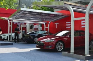 Hanergy Unveils Solar-Powered Cars to Expand Use of Technology