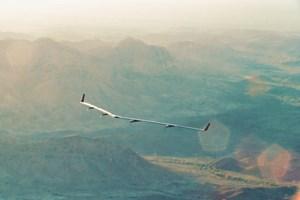 Facebook thử nghiệm drone chạy bằng năng lượng mặt trời, phủ sóng Internet