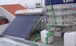 Tiết kiệm 60% chi phí với hệ thống nước nóng năng lượng mặt trời mới