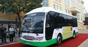 Việt Nam có xe buýt chạy bằng năng lượng mặt trời, mọi thứ đều miễn phí
