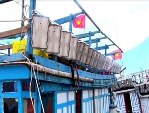 Quảng Trị: Hơn 3,2 triệu USD lắp đặt thiết bị đèn LED cho tàu cá đánh bắt xa bờ
