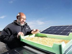 Thiết bị di động sấy nông sản bằng năng lượng mặt trời