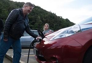 Ngày Xe điện thế giới: Nâng cao nhận thức người tiêu dùng về lợi ích của xe điện