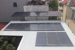 Kiếm tiền triệu mỗi tháng khi dùng điện mặt trời áp mái