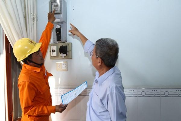 Sử dụng điện mùa nắng nóng an toàn, hiệu quả, tiết kiệm