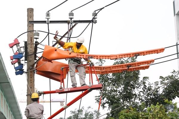 EVNHCMC triển khai đồng bộ nhiều giải pháp tiết kiệm điện