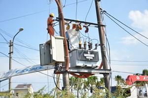 Sử dụng điện an toàn, tiết kiệm, hiệu quả mùa nắng nóng