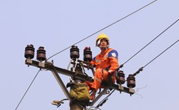 Nắng nóng, dùng điện thế nào tiết kiệm nhất?